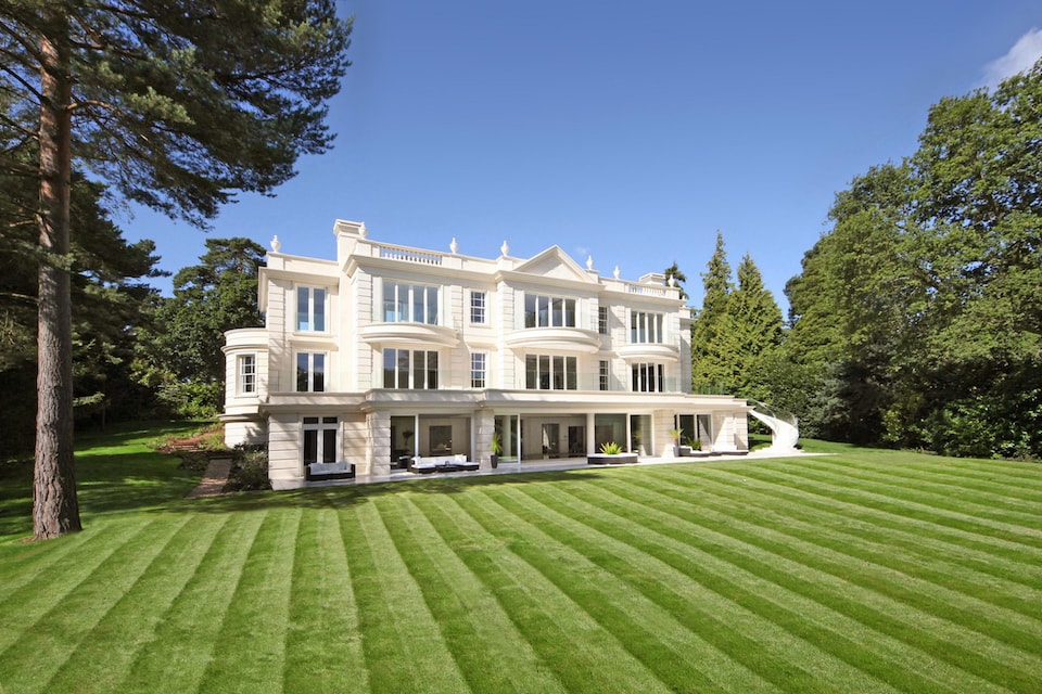 Mansions Location London Sourcing Service