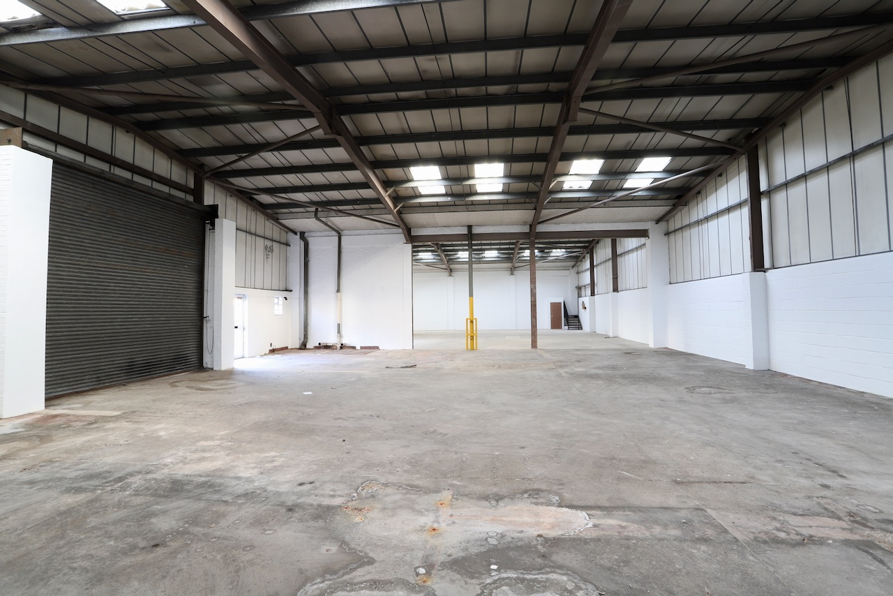 Warehouse in Wembley