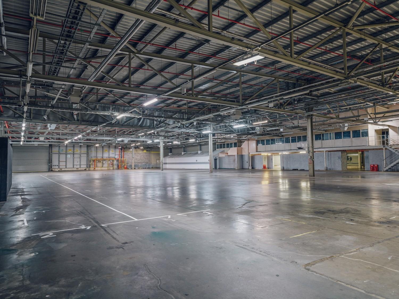 Industrial & Warehouses