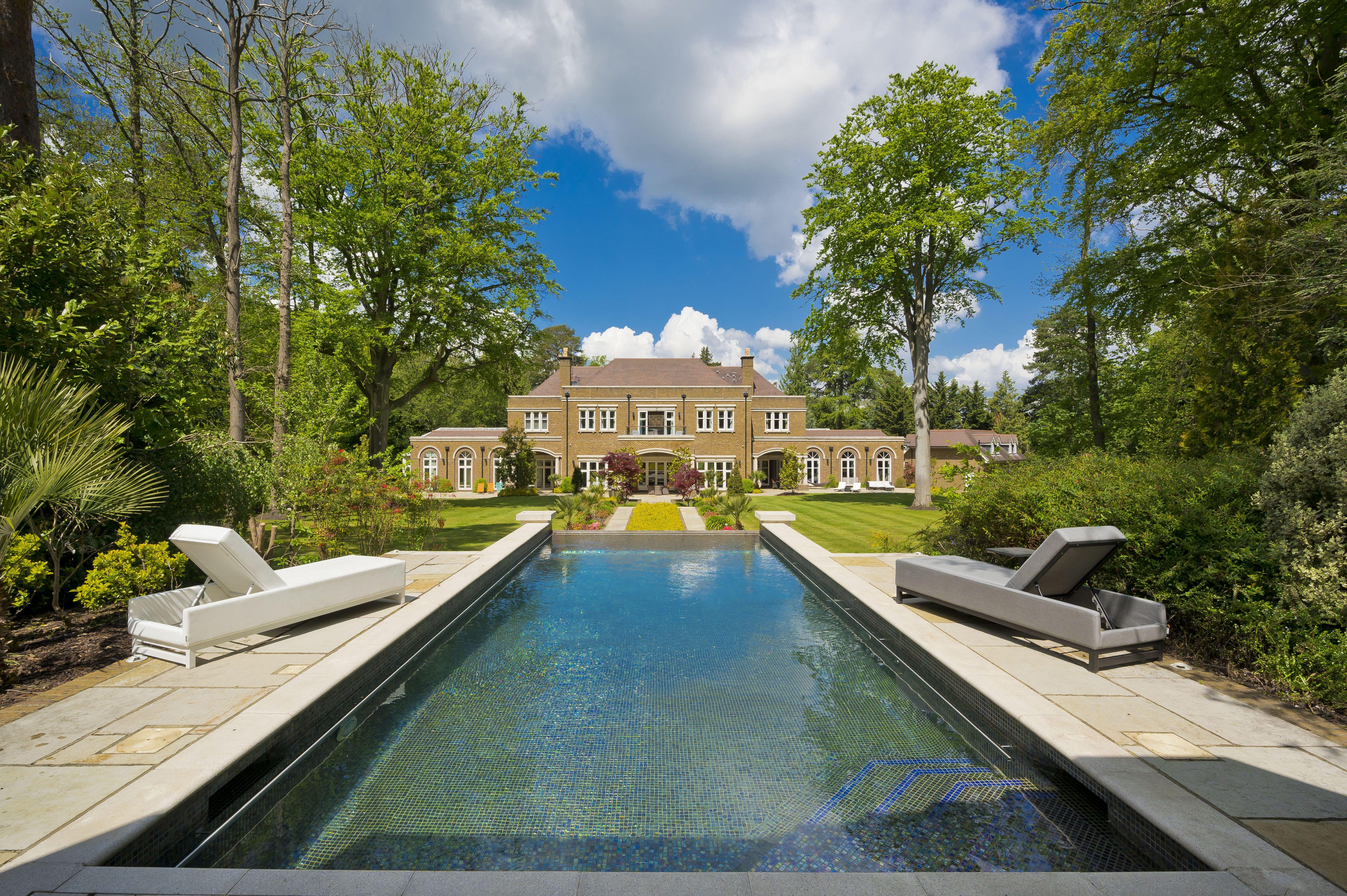 Mansions